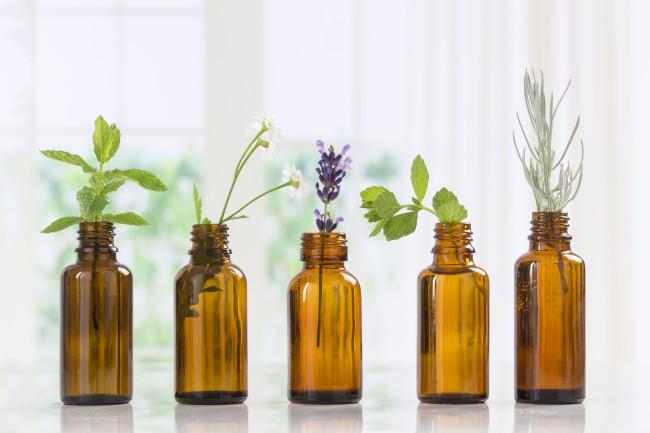 Αιθέρια έλαια / Essential oils